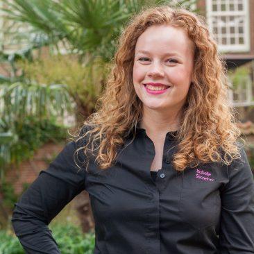 Isabelle van Schaik – secretaris